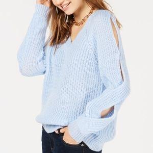 Crave Fame Jrs' V-Neck Twisted Long-Sleeve Sweater